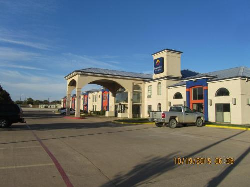 Executive Inn and Suites Wichita Falls Photo