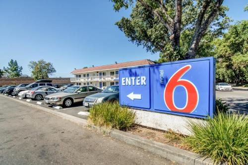 Picture of Motel 6 Stockton North