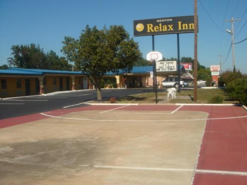 Relax Inn Benton Photo