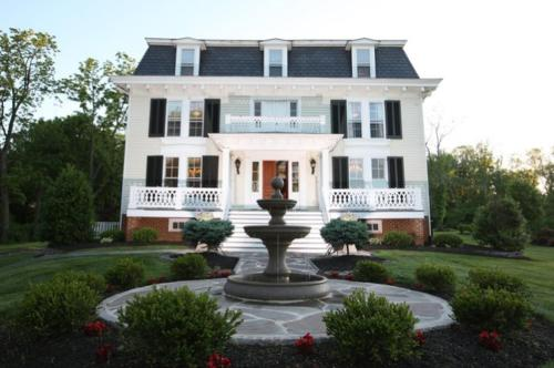 Chestnut Hill Bed & Breakfast
