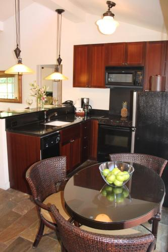 Aina Nalu Two Bedroom Two Bathroom 20 - Lahaina, HI 96761
