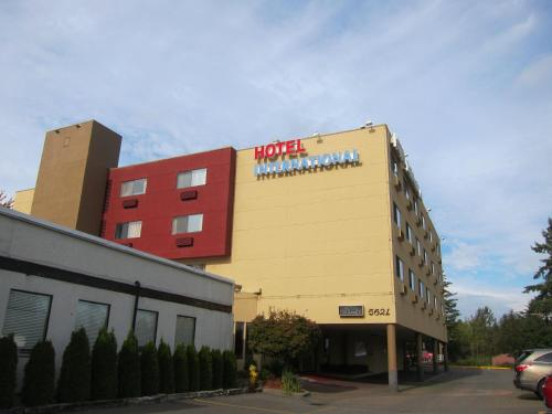 Hotel International Photo