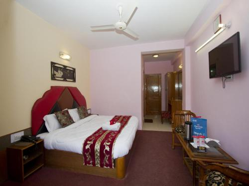 OYO Rooms Naggar Road Aleo