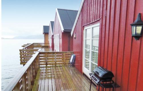HotelHoliday Home Leknes With Sea View 288