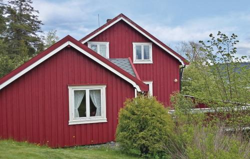 http://www.booking.com/hotel/no/holiday-home-ekne-lunden.html?aid=1728672