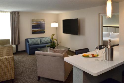Holiday Inn Youngstown-South - Boardman Photo