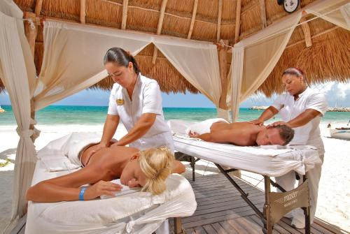 Hotel Marina El Cid Spa & Beach Resort Cancun Riviera Maya Photo