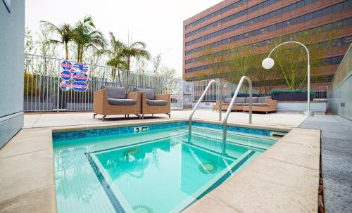 Fountain Suites - Los Angeles, CA 90017