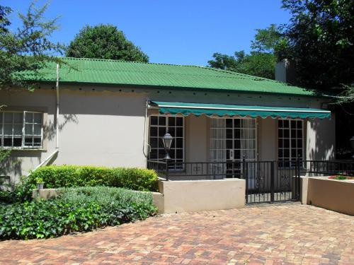 The Village Guest House Photo