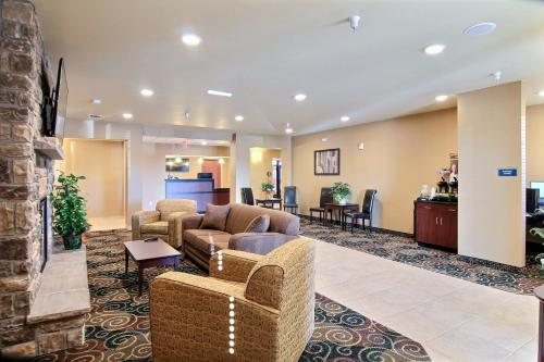 Cobblestone Hotel & Suites - Beulah Photo
