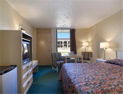 Travelodge Newnan