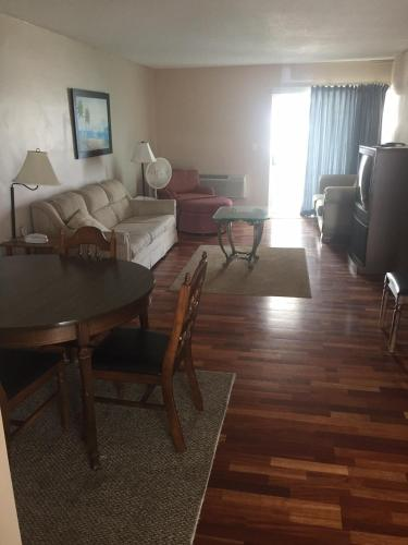 Sea Scape Inn - Daytona Beach Shores Photo