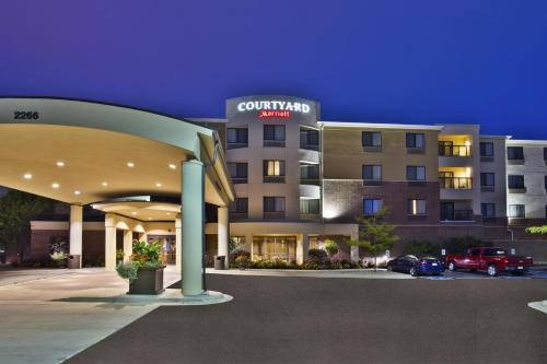 Courtyard by Marriott Madison West / Middleton Photo