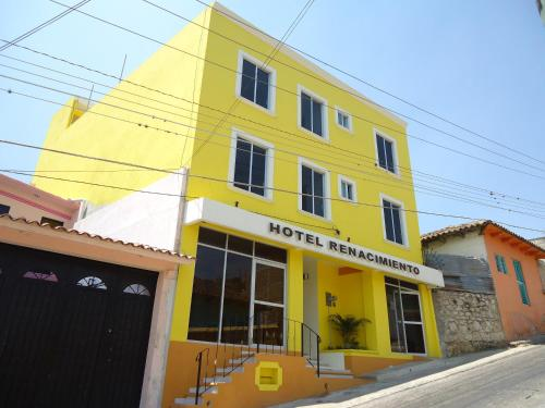 Hotel Renacimiento Photo