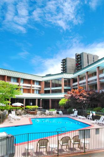 Picture of University Place Hotel and Conference Center/><p class=