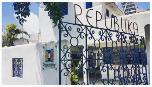 Republika Hostel Photo