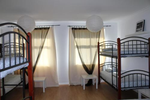 Family & Fun !! Oporto Low Cost Rooms