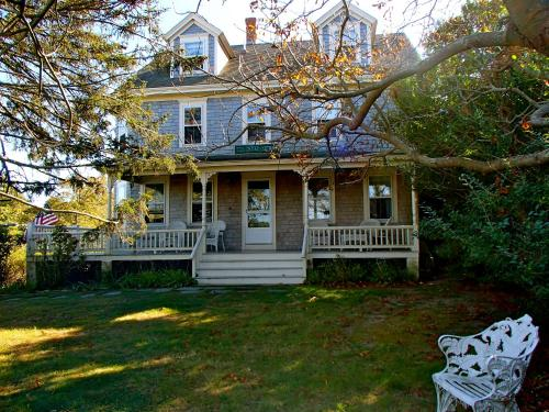 Dodge Cottage, Dewey Cottage & Anchor House Photo
