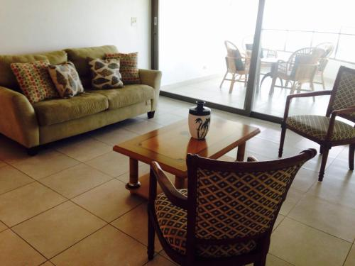 Fully Furnish Apartment at the Beach Photo