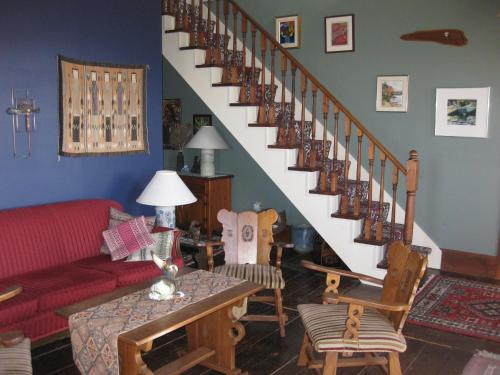 Century House B&B Pottery and Gallery Photo