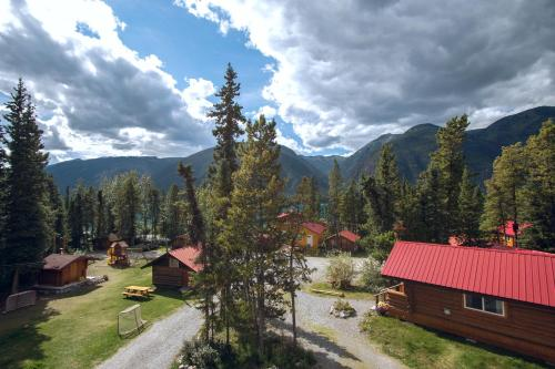 Northern Rockies Lodge Photo