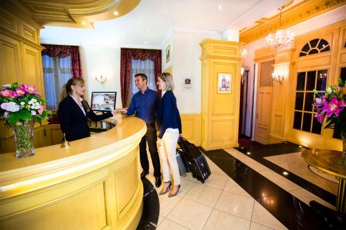 Luxury Family Hotel Royal Palace photo 21