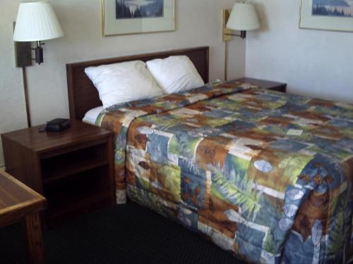 Apollo Motor Inn - Twin Falls, ID 83301