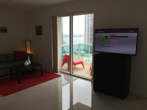 Luxury Suite in One Broadway by Lyx Miami Photo
