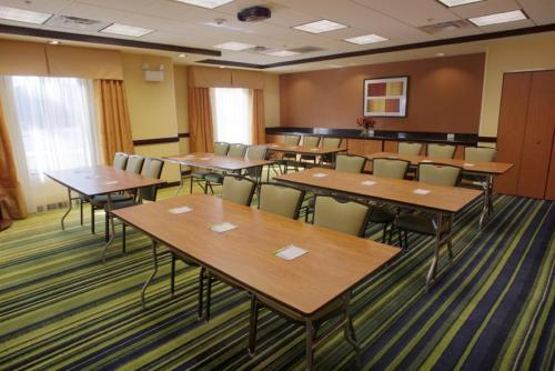 Fairfield Inn & Suites Milledgeville Photo