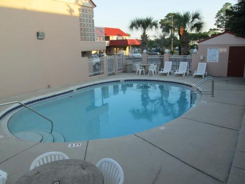 Super 8 Ft Walton Beach - Fort Walton Beach, FL 32548