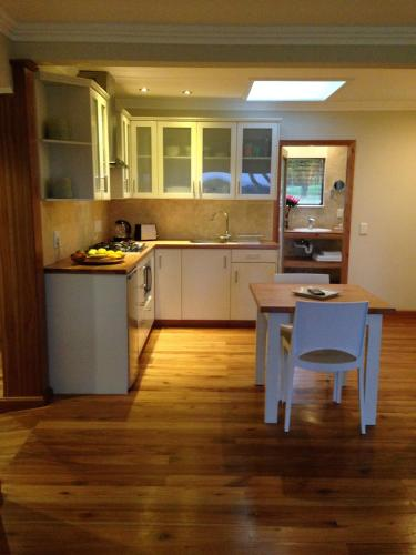 Guest House Yate Farm Retreat Photo