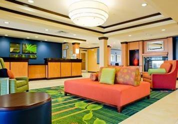 Fairfield Inn & Suites Commerce Photo