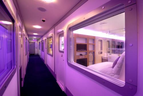 YOTEL Schiphol Airport , Amsterdam, Netherlands, picture 13