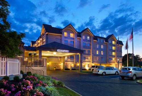 Sheraton Great Valley Hotel Photo