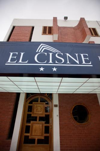 Hotel El Cisne Photo