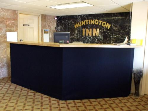 Huntington Inn Photo