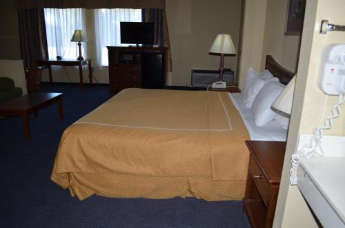 Americas Best Value Inn & Suites-Abilene Mall