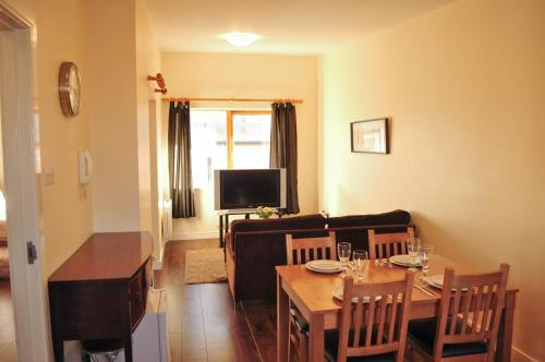 Halfpenny Bridge Holidays Homes - Temple Bar photo 14
