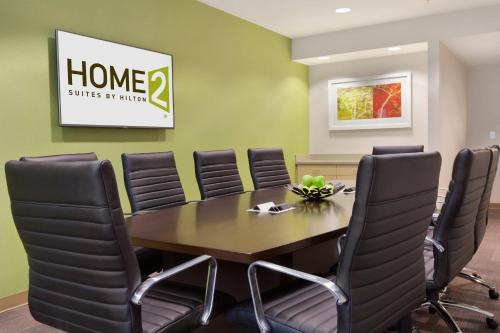 Home2 Suites By Hilton Seattle Airport - Tukwila, WA 98188