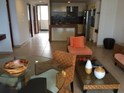Three Bedroom Apartment by Grand Hotel Acapulco Photo