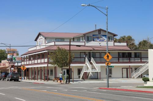 Whitney Portal Hostel And Hotel - Lone Pine, CA 93545