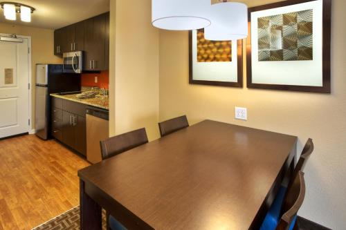 TownePlace Suites by Marriott Franklin Photo