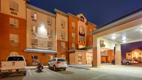 Best Western Plus Meridian Photo