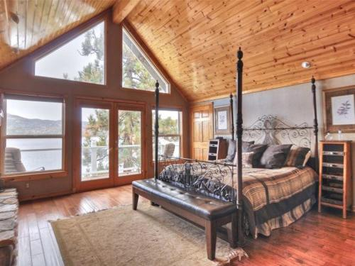 Number 5 Lake Front Dream Cabin - Big Bear City, CA 92315
