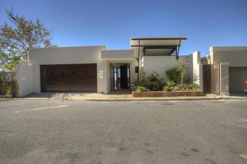 16 Springbok Road Photo