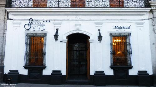 Majestad Boutique Hotel Photo