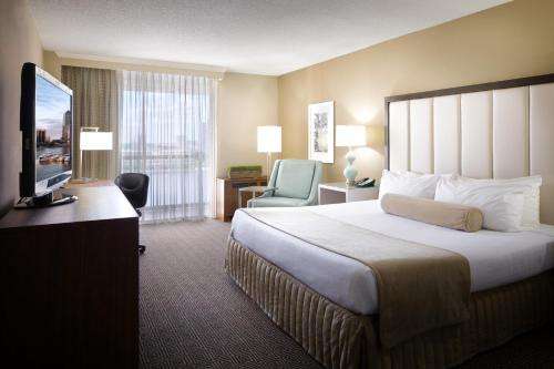 Picture of DoubleTree by Hilton Jacksonville Riverfront, FL