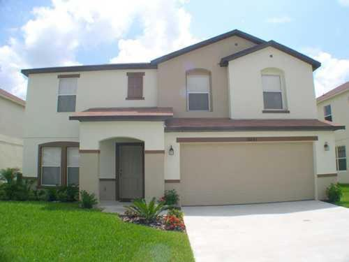 Sunrise Lakes Four-Bedroom House 16843 Photo