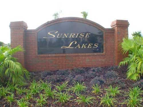 Sunrise Lakes Six-Bedroom House 16645 Photo