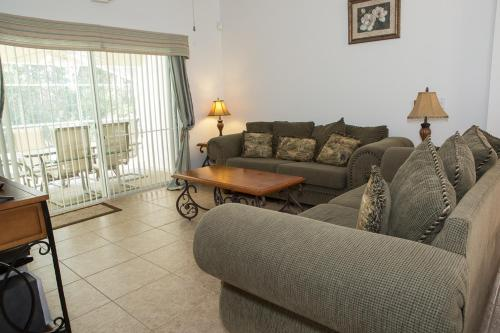 Bridgewater Crossing Three-Bedroom House 406 Photo